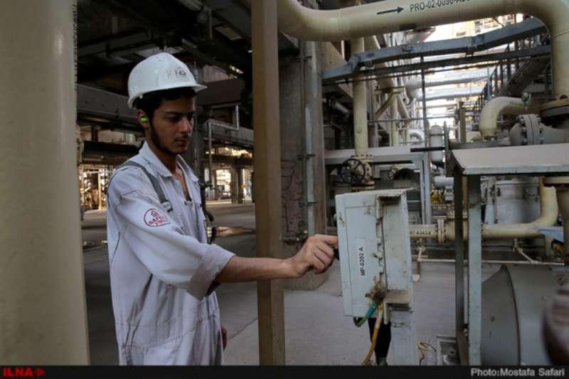 بازدید+خبرنگاران+از+پالایشگاه+نفت+ستاره+خلیج+فارس+-۸۰۰